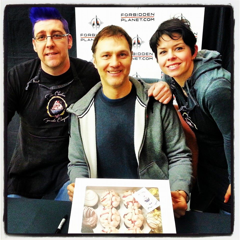 The Custom Cupcake Company | Matt and Kelly meet 'The Governor' David Morrissey