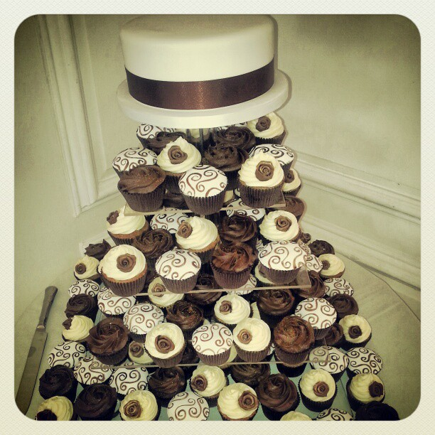 Chocolate Two Tone Wedding Cakes